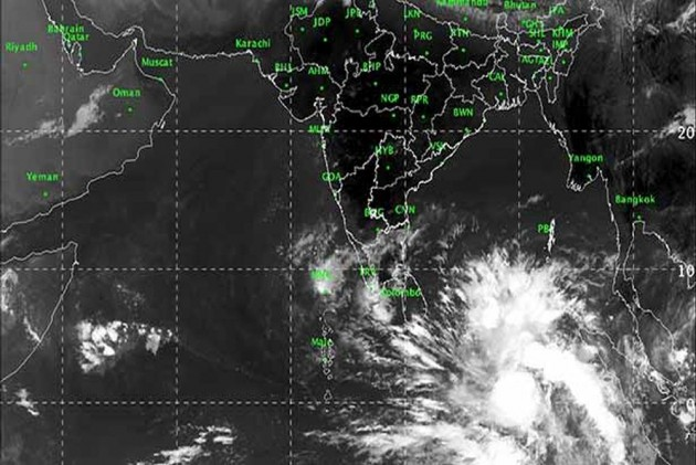 Cyclone Fani: Depression Over Bay Of Bengal Intensifies Into Cyclonic Storm; Heavy Rain, Thunderstorm Forecast for Kerala
