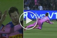 IPL 2019, RR Vs SRH: Steve Smith Takes A 'Painful Catch' To Dismiss Australian Teammate David Warner – WATCH