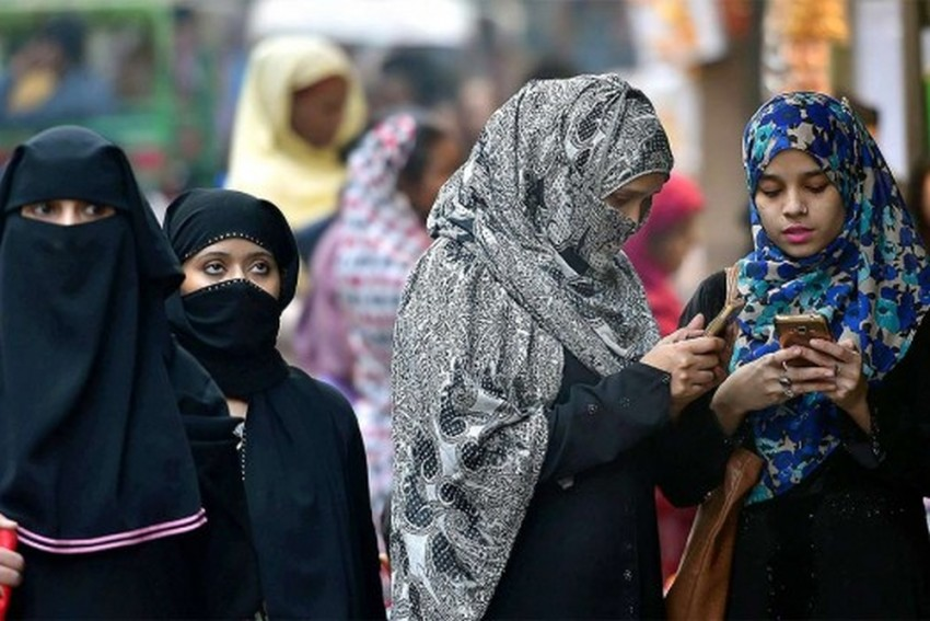 Face Veil Ban Takes Effect In Sri Lanka Under New Regulation After Easter Bombings