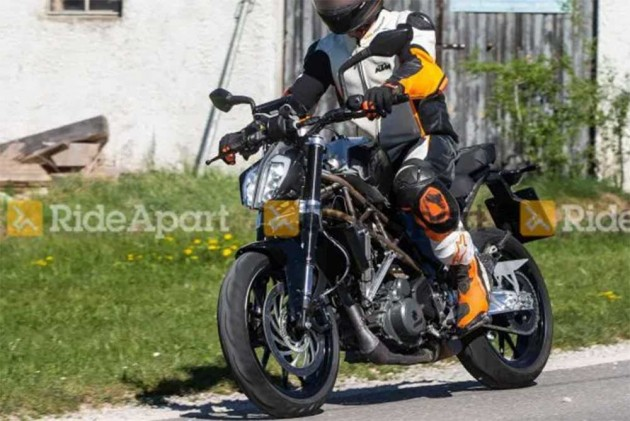 2020 KTM 390 Duke Spotted Testing