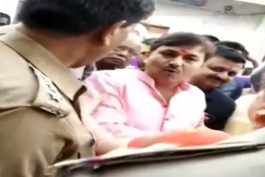 Watch | 'You're On My Hit List': BJP Leader Threatens Kanpur Cop On Camera