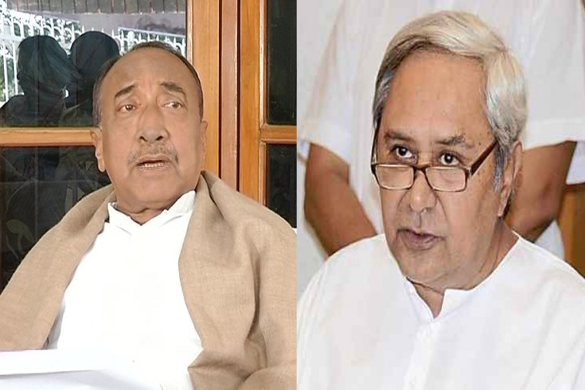 Naveen Patnaik's Desperate Ploy To Stop An Election: After An ICU Patient, Now Cyclone Fani!
