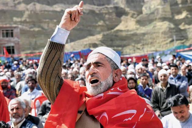 Meet Ali Mohammad Kumar, A Foot Soldier Raising Slogans At NC Rallies For Decades