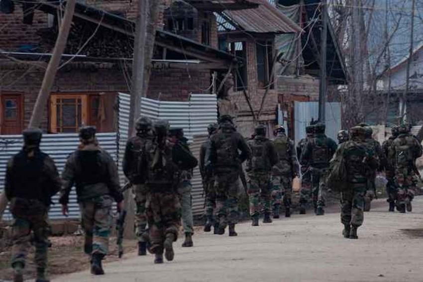 J&K: 2 Soldiers Injured In Explosion Inside Army Camp At Kupwara