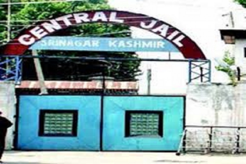 Prisoners Vandalize Property, Set Jail Mess On Fire In Srinagar Central Jail