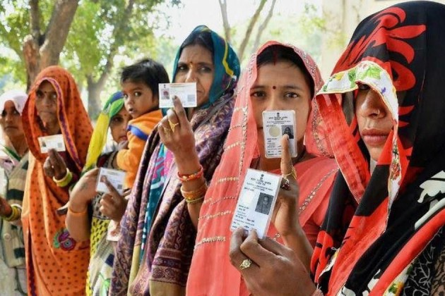 Marked Rise In Female Voters From 2009 To 2014 Lok Sabha Elections: See Where More Women Voted