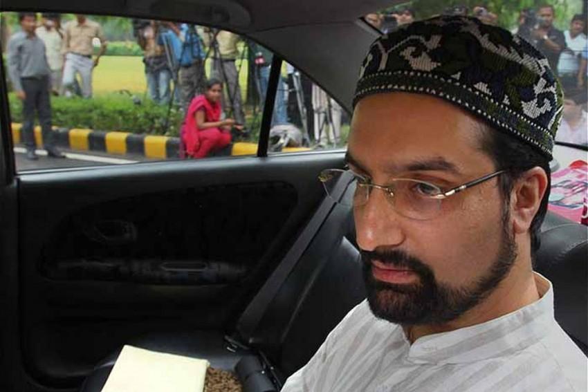 NIA Continues Questioning Hurriyat Chairman Mirwaiz Umer Farooq In Terror Funding Case