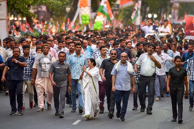 West Bengal And Political Violence Have Always Gone Hand-In-Hand, No Surprises Here