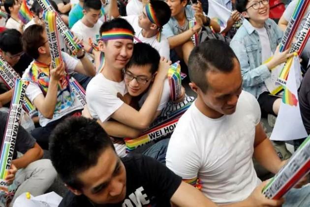 Taiwan Legalizes Same-Sex Union