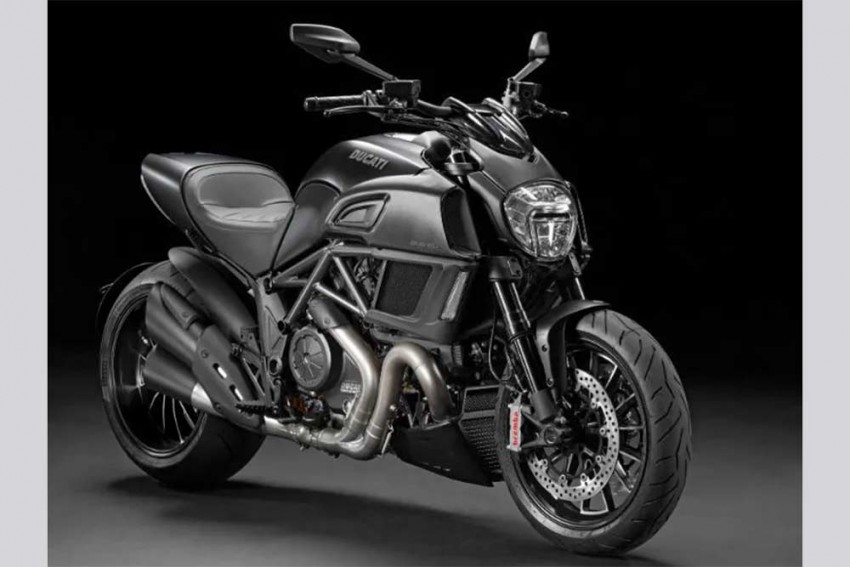 Ducati Diavel For Just Rs 12 Lakh!
