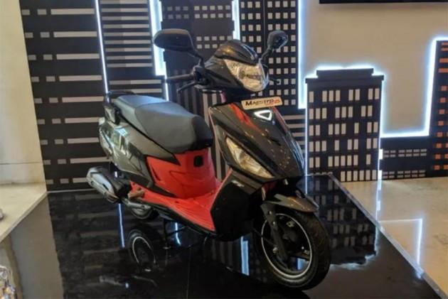 Hero Maestro Edge 125 vs Honda Grazia vs TVS NTorq vs Suzuki Access 125: Spec Comparison