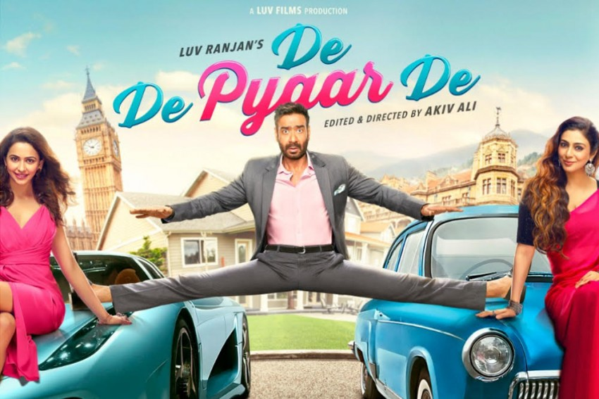 Film Review: De De Pyaar De Is Not For You If You Are Looking For A Logic