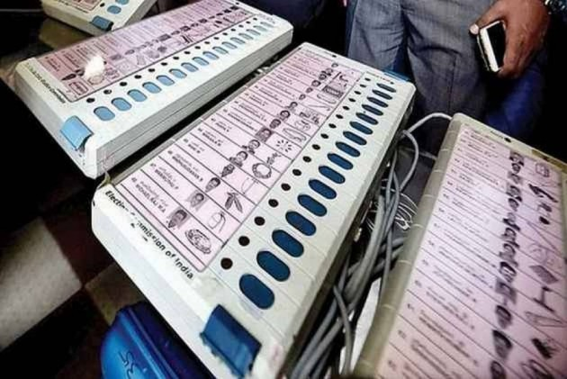 EC Deploys Three EVMs At Each Polling Booth In Chandigarh