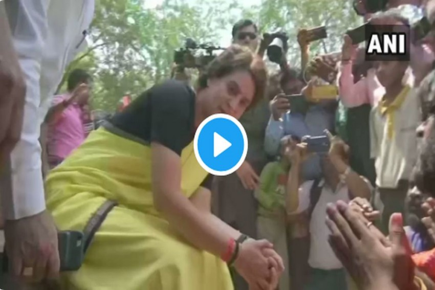 WATCH | 'It Won't Do Anything': Priyanka Gandhi Plays With Snakes While Campaigning In Rae Bareli