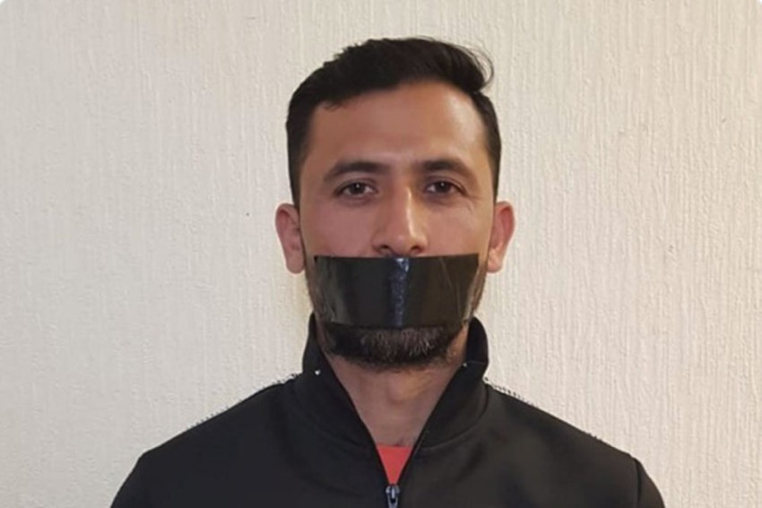 Cricket World Cup 2019: Junaid Khan Protests Pakistan Snub With Bizarre Tape On Mouth Tweet