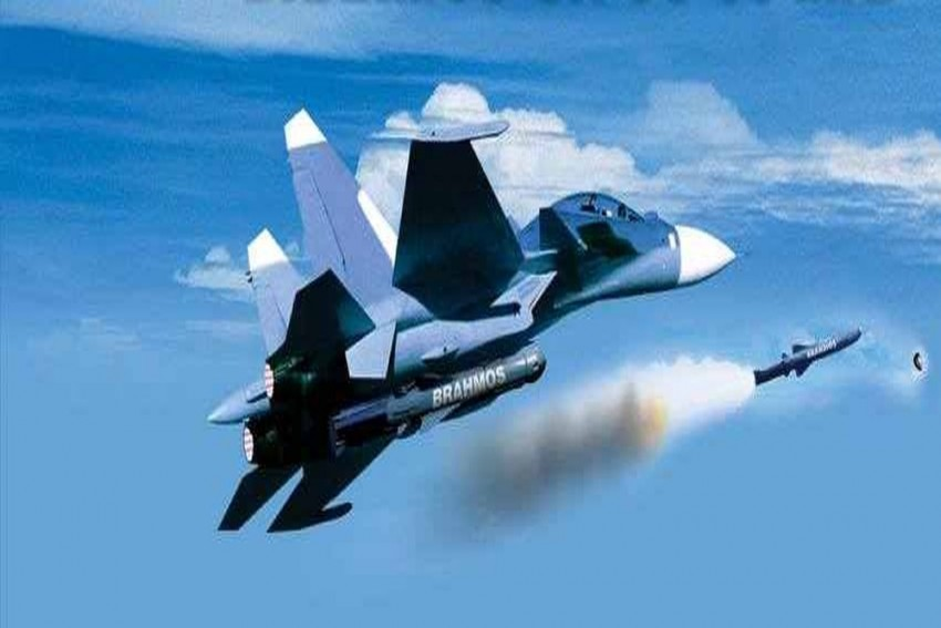 Indian Air Force Successfully Test Fires Aerial Version Of BrahMos Missile From Su-30 MKI Fighter Aircraft