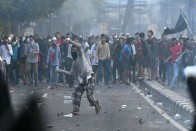 Indonesia: 6 Killed, 200 Injured In Post-Election Protests Against President Joko Widodo's Re-Election