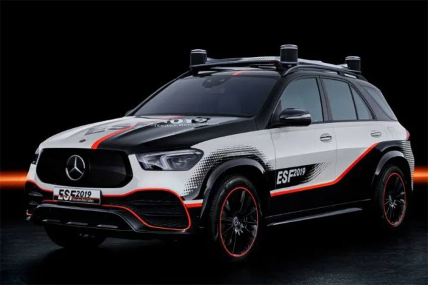 Mercedes-Benz ESF 2019 Envisions Safe Future Mobility