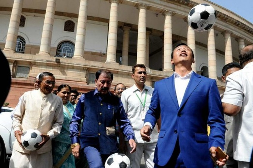 'Son Of The Soil' Baichung Bhutia Gets 70 Votes In Gangtok, Loses Both Seats In Sikkim