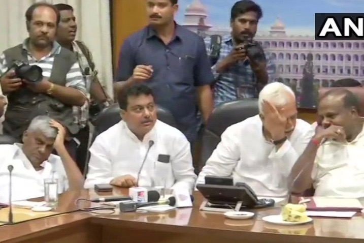 After Lok Sabha Poll Drubbing, Karnataka Cabinet Reposes Faith In Kumaraswamy