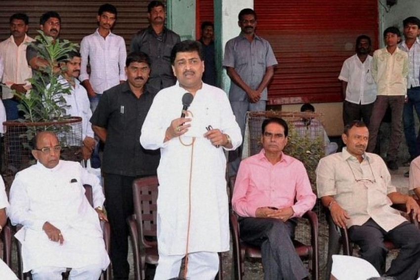 LS Defeat Was A Collective Responsibility, Not Rahul's Alone, Says Ashok Chavan