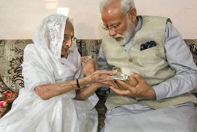 PM Modi To Meet His Mother Heeraben Tomorrow, Varanasi Next