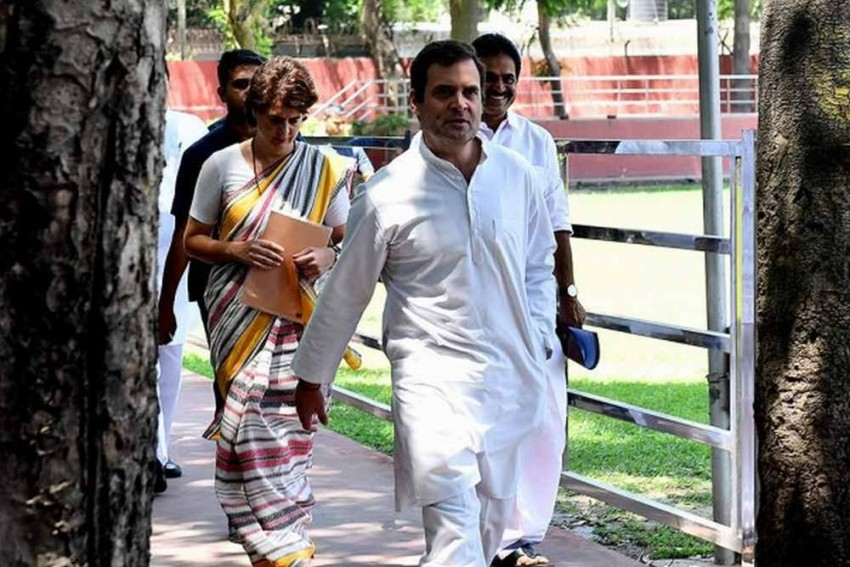 Rahul Gandhi's Snub To Veteran Congress Leaders Who Put Sons Above Party Interest