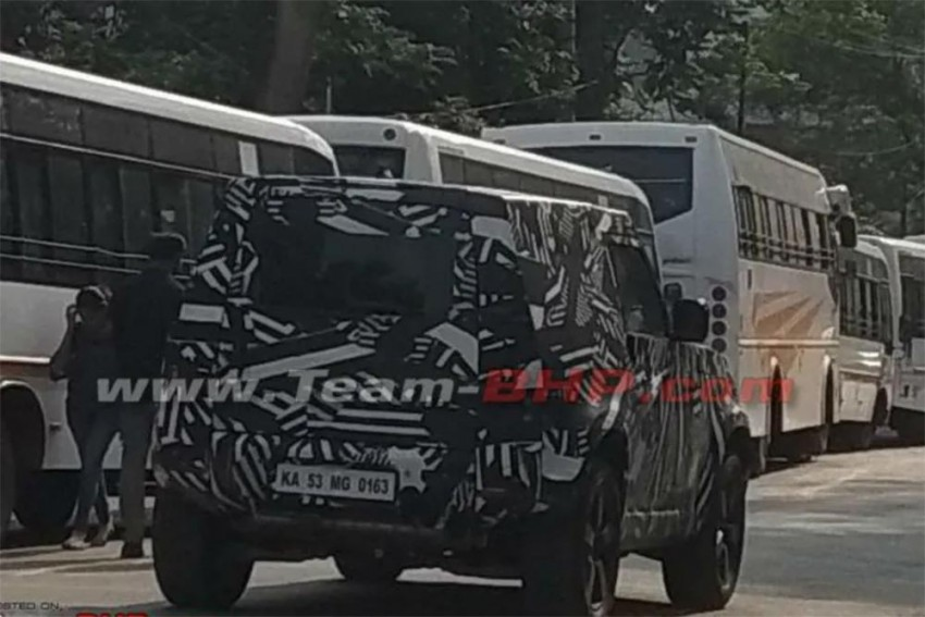 Next-Gen Land Rover Defender Spied Testing In India For The First Time