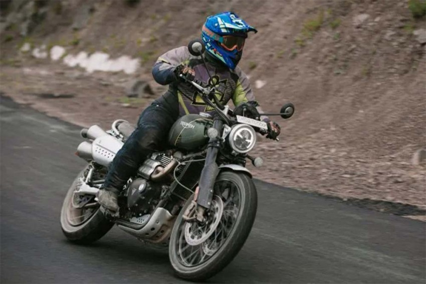 Triumph Scrambler 1200 XC: Same Price, Other Options
