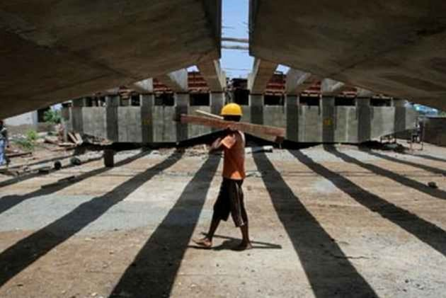 India's GDP Growth Slows  Down To Five-year Low At 5.8% In January-March