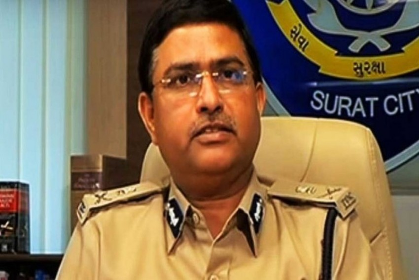Delhi HC Grants CBI Four More Months To Complete Probe In Asthana Bribery Case