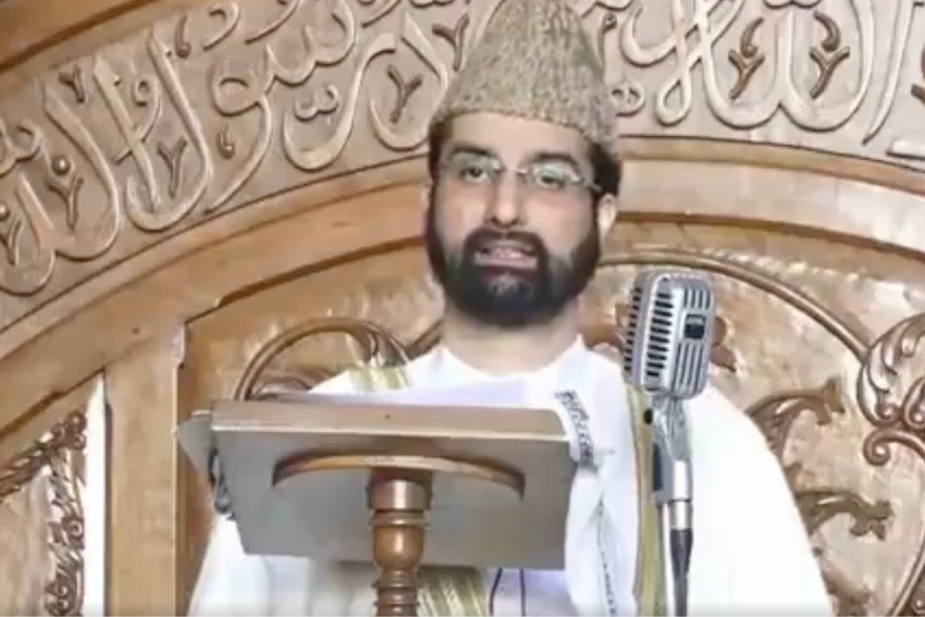 Overwhelming Mandate Gives PM Modi Power To Play Decisive Role In Kashmir: Mirwaiz