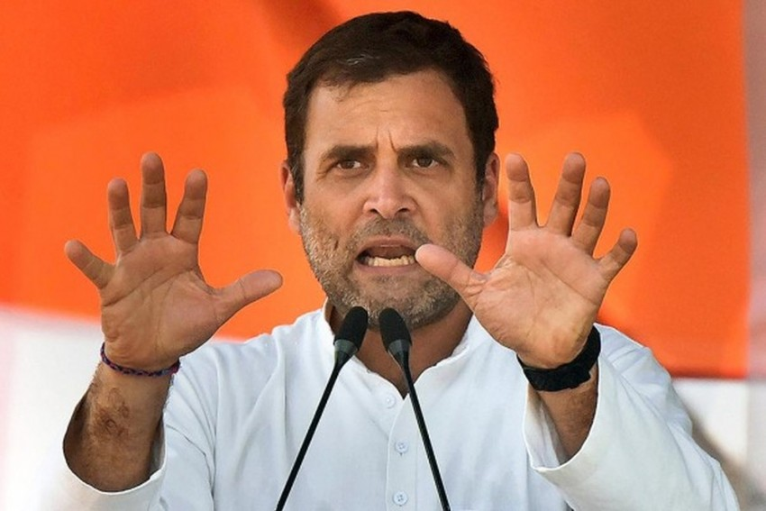 56 Inch Chest 'Boxer' Modi Punched 'Coach' Advani In The Face: Rahul Gandhi