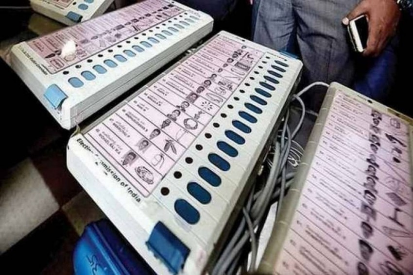 Supreme Court Dismisses Opposition's Review Plea To Increase Random Matching Of VVPAT Slips With EVMs