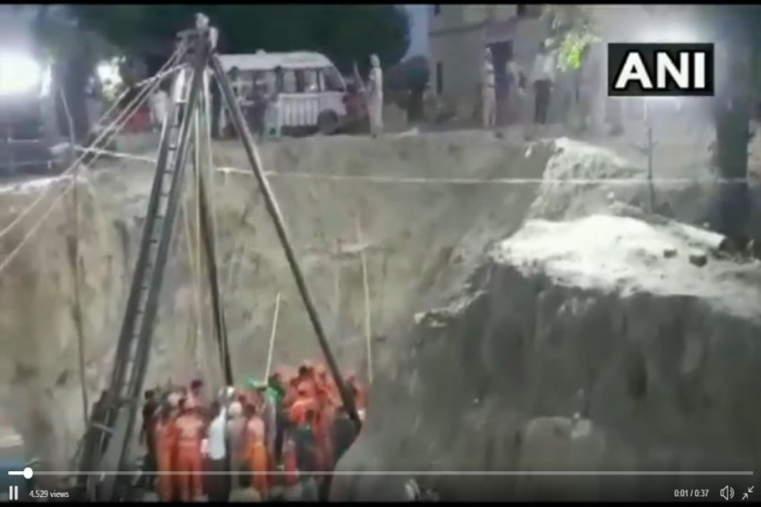 Two-year-old Toddler, Stuck In Punjab Borewell For 109 Hours, Dies After Being Pulled Out