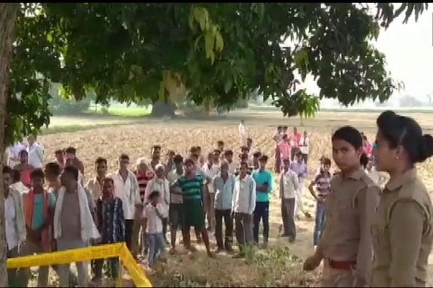 Bodies Of Man, Woman Found Hanging From Tree In Uttar Pradesh's Etah