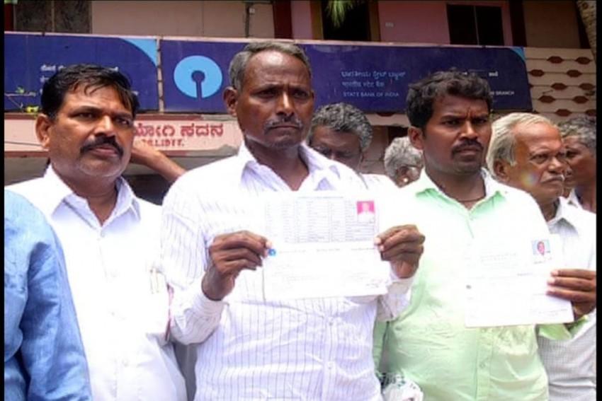 Karnataka: Loan Waiver Money Deposited Before LS Polls Withdrawn From 10,000 Farmer Accounts