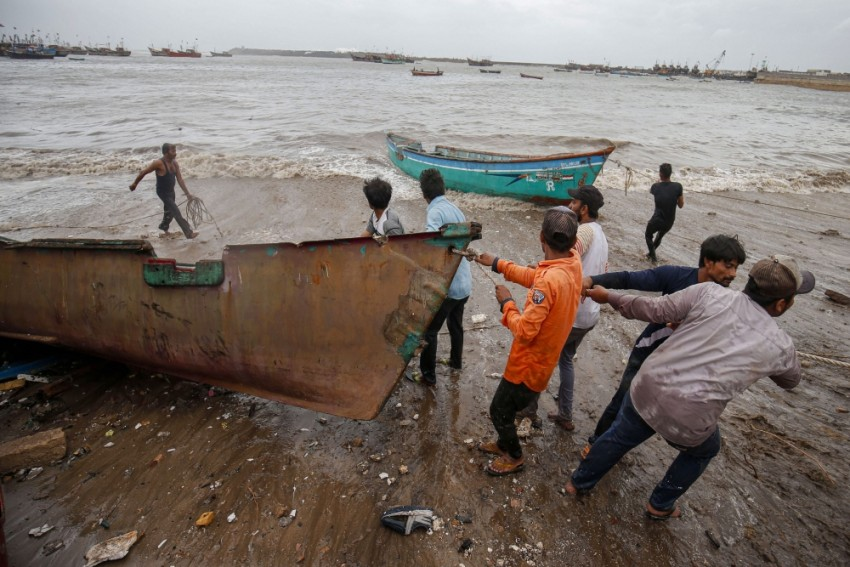 Cyclone 'Vayu' Changes Course Overnight, May Not Make Landfall: IMD