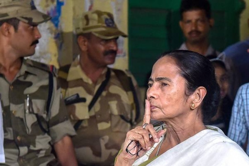 West Bengal Governor's All-Party Meeting Over Political Violence Inconclusive