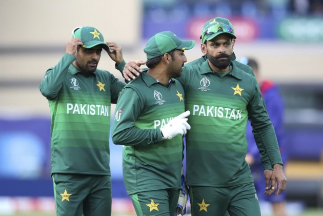 Cricket World Cup 2019 Forget History Waqar Younis Urges
