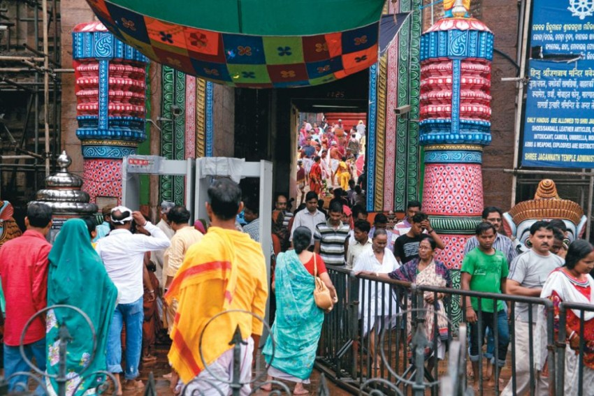 Odisha Govt Silent On Who Allowed Jagannath Temple Admin To Auction Broadcast Rights Of Rath Yatra