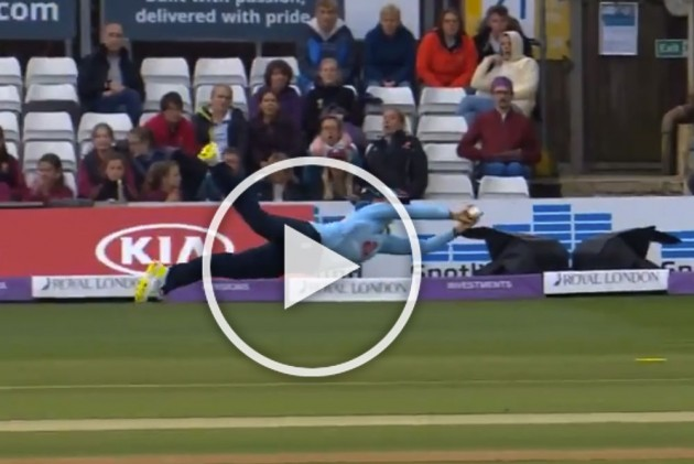 Not Cricket World Cup: Simply Sensational! This Fran Wilson Catch Will Make You Rethink About Women's Cricket – WATCH