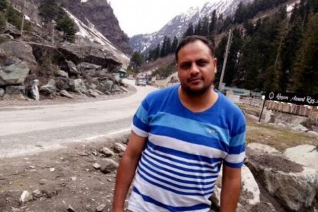 Jammu And Kashmir Cop Arshad Khan, Injured In Anantnag Encounter, Dies In AIIMS