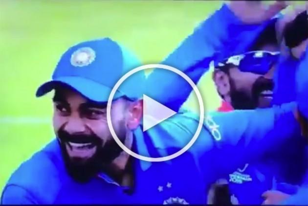 IND Vs PAK, ICC Cricket World Cup: Replacement Vijay Shankar Strikes First Ball! Watch Virat Kohli's Hilarious Reaction