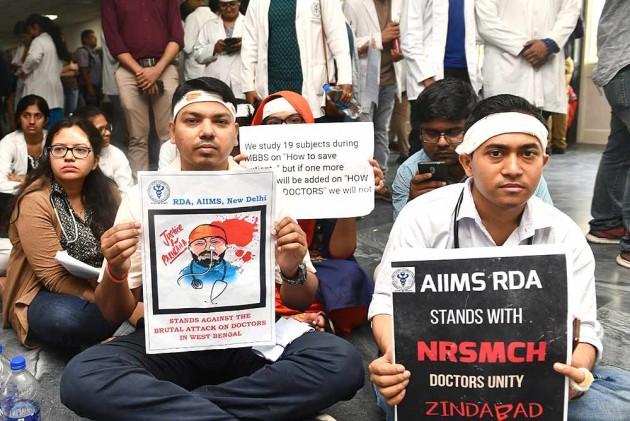 Doctors' Strike: SC To Hear Plea Seeking Security For Govt Doctors Across India Tomorrow