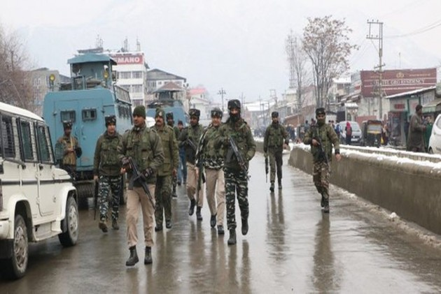 Two Soldiers Die of Injuries Day After Attack on Army Vehicle in J&K's Pulwama