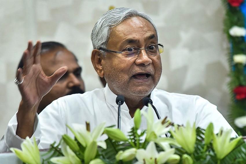Bihar Encephalitis Outbreak: Angry Locals Shout Slogans As CM Visits Muzaffarpur Hospital