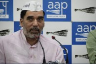 90% Favour Free Rides For Women In Metros And Buses, Says AAP