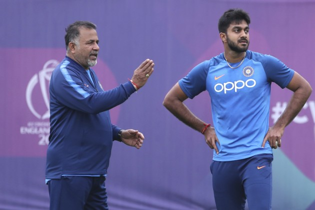 Cricket World Cup: India All-Rounder Vijay Shankar Injured By Jasprit Bumrah Yorker During Practice