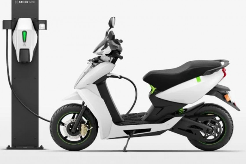 Electric Two-Wheelers To Get Cheaper In India!